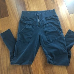 Free People On the Road Pant Size L